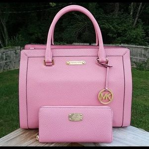Pink Micheal kors Purse & wallet